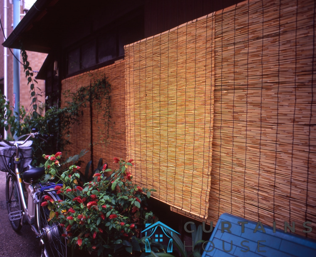 bamboo-blinds-outdoor-curtains-house-singapore_wm