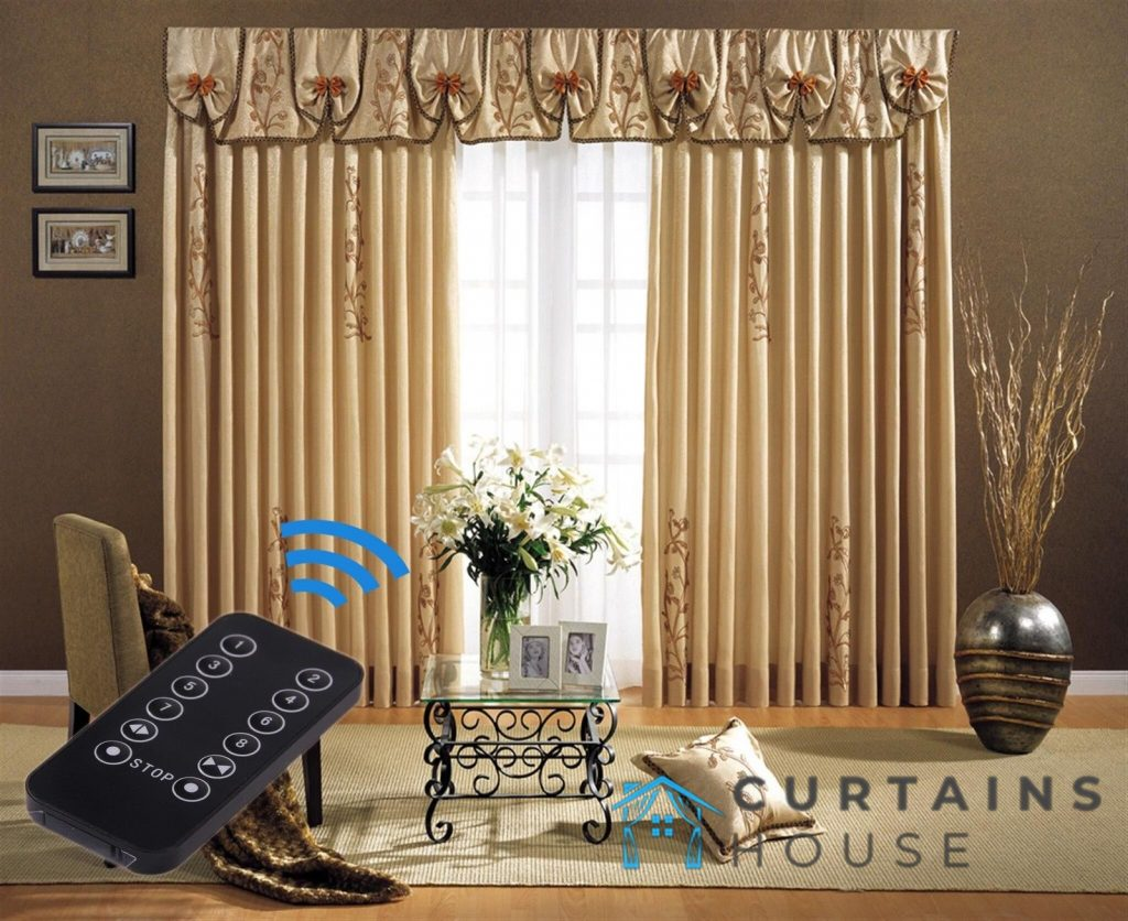 valance-window-treatment-curtains-house-singapore_wm